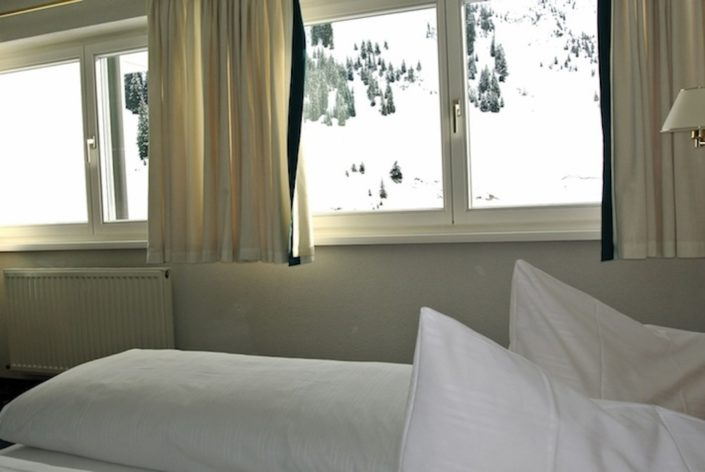 Top 2 - Bed room