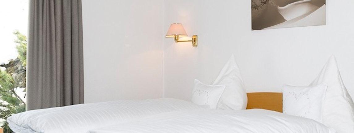 Top 4 / 7 8 - Schlafzimmer